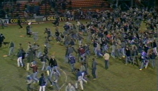 Millwall fans invade the pitch at Luton Town in 1985